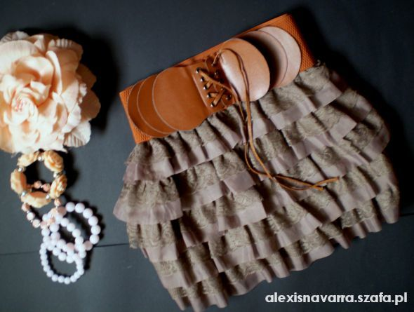 Spódnice cappucino falbanka
