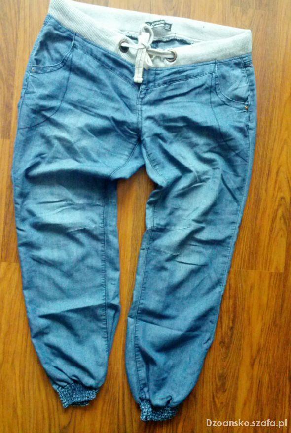 Spodnie jeansowe alladynki
