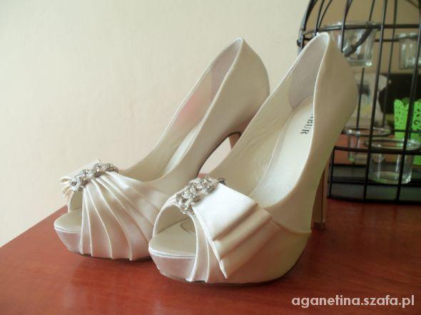 Buty ślubne moje buciki ślubne