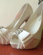moje buciki ślubne