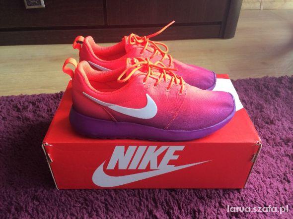 Nike Rosherun Print...