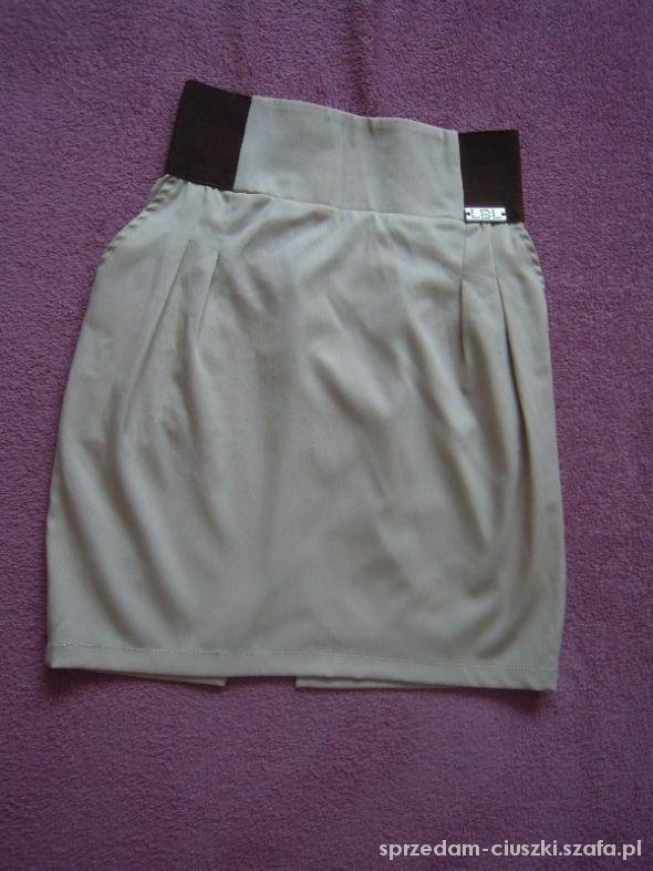 Spódnice Beżowa spódniczka