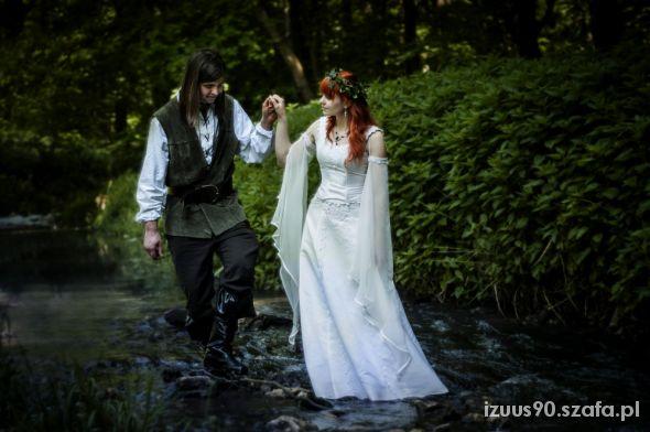 Na specjalne okazje Moja elficka suknia ślubna