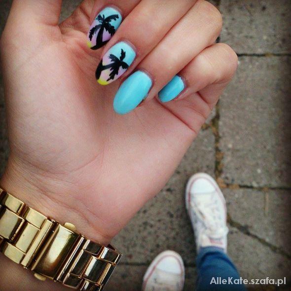 Palmowe paznokcie