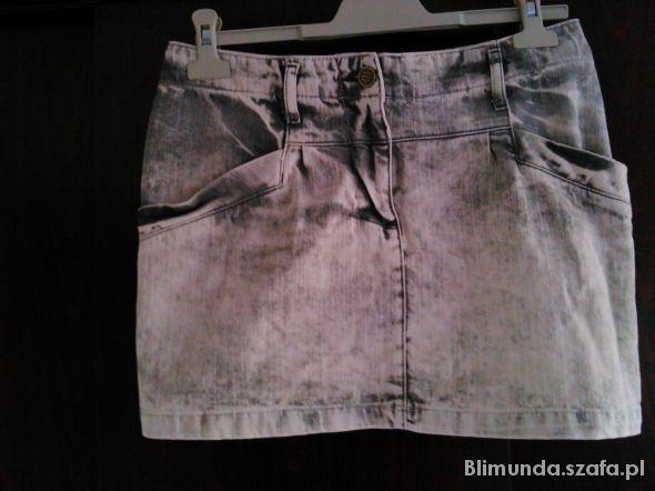 Spódnice Krótka spódniczka jeansowa
