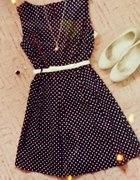 Sukienka rozkloszowana w kropki...