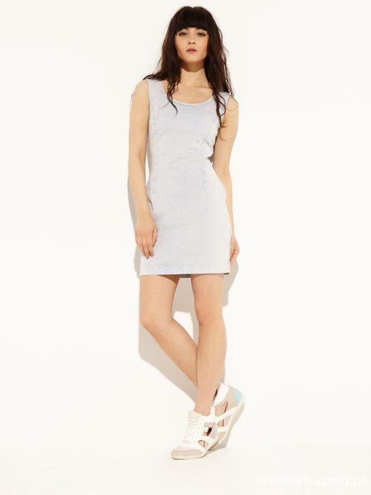 Sukienka ylf z haftowaną wstawką...