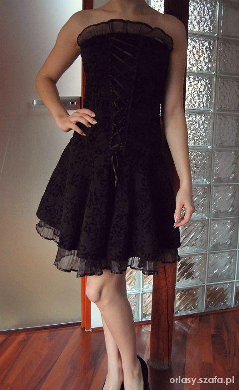 Gotycka Sukienka Z Gorsetem I Tiulem W Suknie I Sukienki Szafa Pl