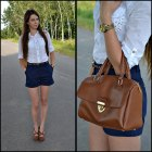 Shorts & brown shoes