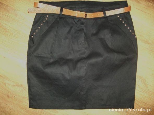 Spódnice okazja czarna z paseczkiem M