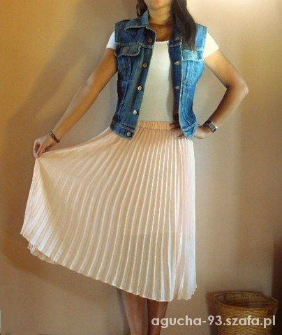 Spódnice Przepiękna plisowana pudrowa spódnica