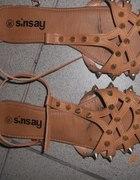 Sandałki SINSAY...