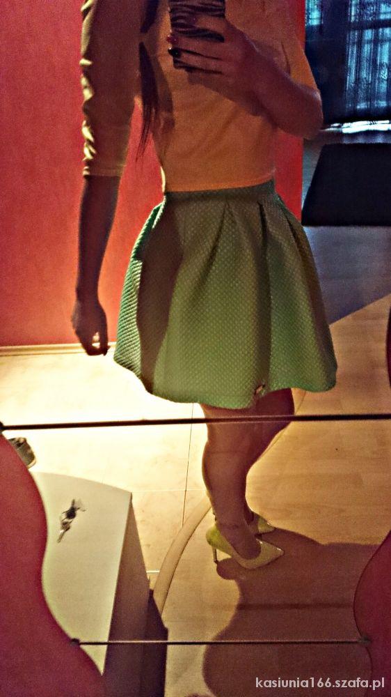 Na specjalne okazje Pikowana spódnica