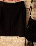 czarna spódniczka kieszonki