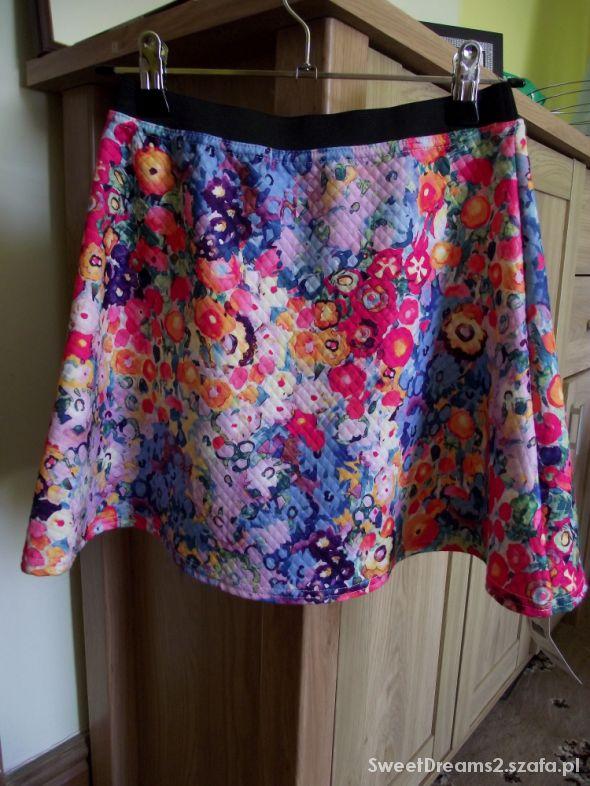 Spódnice Kwiatowa pikowana