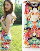 Sukienka kwiaty M L