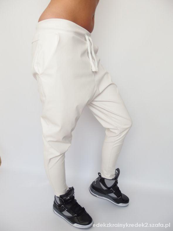 Sportowe białe skórzane baggy biała lużna adidasy