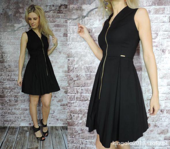 9f0dbc32fb Sukienka rozkloszowana z zamkiem z przodu M w Suknie i sukienki ...