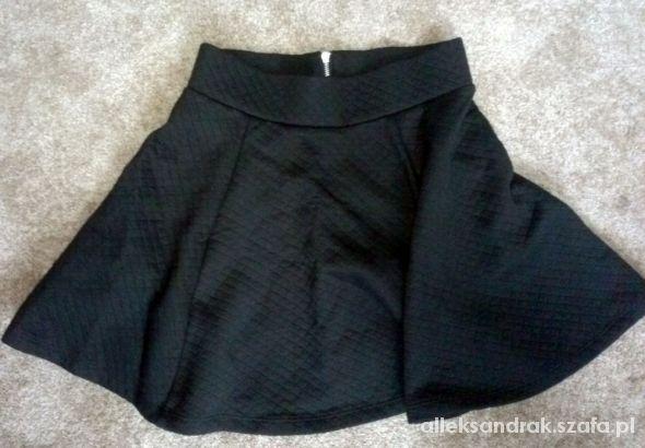 Spódnice Spódniczka rozkloszowana H&M XS