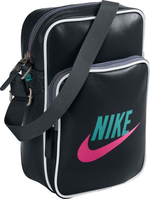 Listonoszka Nike...