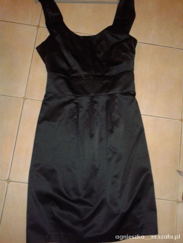 3aafd47628 czarna bez pleców z satyny w Suknie i sukienki - Szafa.pl