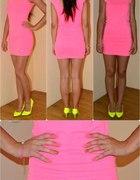Śliczna neonkowa sukienka