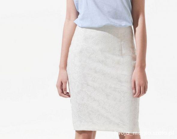 Spódnice spódnica koronkowa ołówkowa zara ecru 34 36 midi