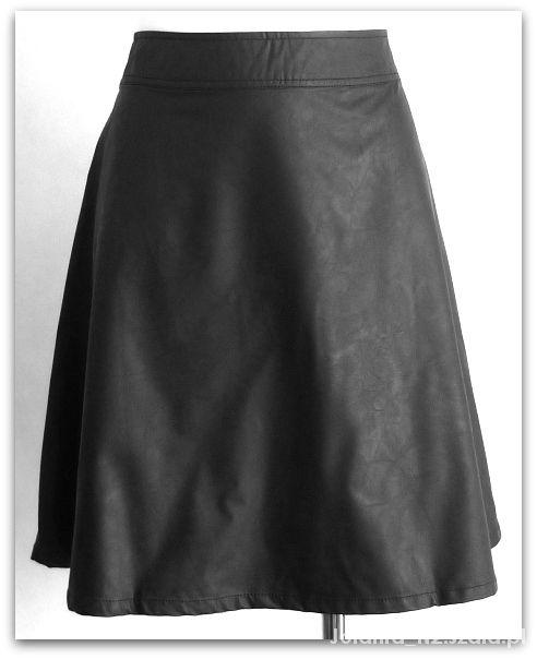 Spódnice 42 XL Skórzana spódnica eko skóra rozkloszowana