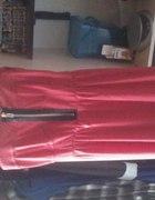 Czerwona sukienka z zipem