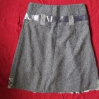 Szara spódnica z kokardą