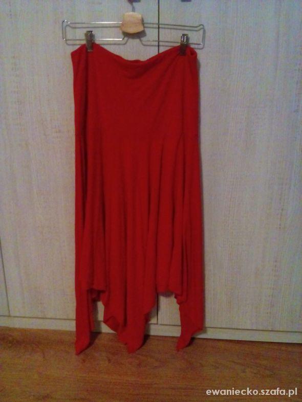 Spódnice czerwona asymetryczna M spódnica