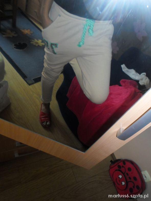 spodnie dresowe nude obnizony stan