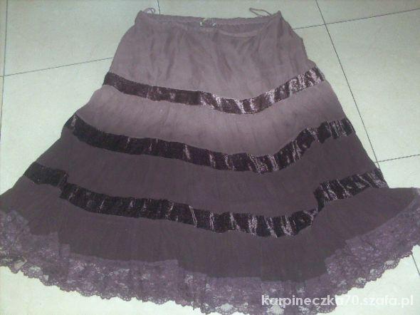 Spódnice urocza spódnica