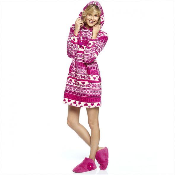ece0925357 Avon Rekreacyjna sukienka z kapturem w Suknie i sukienki - Szafa.pl