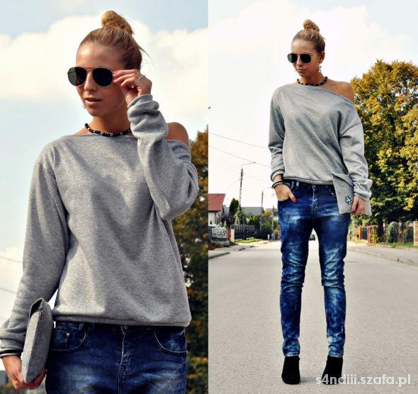 Blogerek jeansy z luźnym krokiem