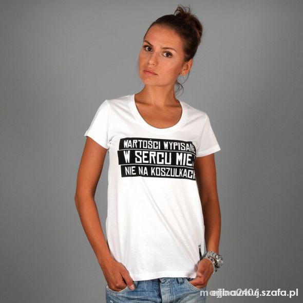 Prosto Sokół Tshirt Wartości wypisane w sercu...