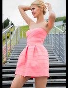 Sukienka szukam potrzebuje