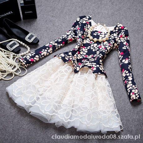 Sukienka z długimi rękawami M