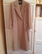 Długi super stylowy płaszcz wiązany w pasie