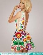 Sukienka w łowickie kwiaty FOLK