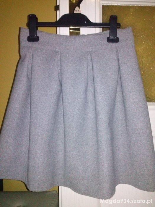 Spódnice spódniczka rozkloszowana S nowa