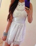 Super koronkowa sukienka