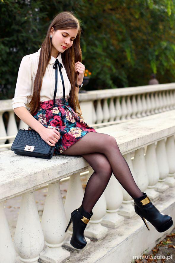 Eleganckie Spódniczka w kwiaty