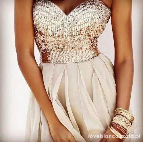 Wieczorowe piekna sukienka
