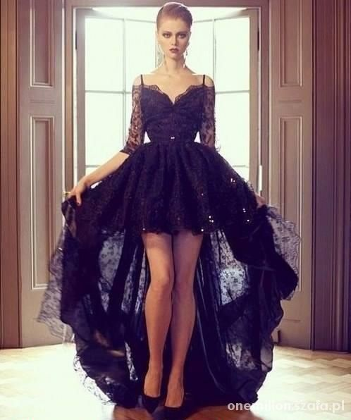Na specjalne okazje mega cudna sukienka