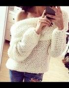 Cieplutki sweter oversize