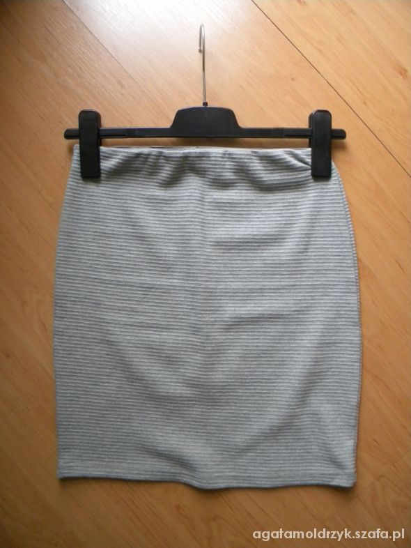 Spódnice Spódnica szara ołówkowa elegancka bandażowa M