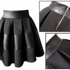 Spódnica rozklszowana pikowana skóra zamek czarna