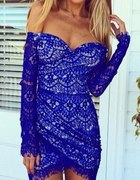 Super bardzo efektowna sukienka