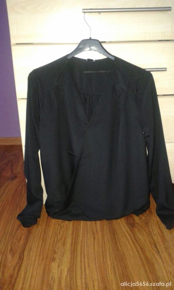 Bluzka zakładana kopertowa